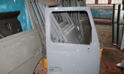 61 - Дверь кабины